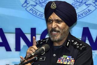 PDRM minta butiran lanjut mengenai dakwaan Najib isu coklat Baca lebih lanjut