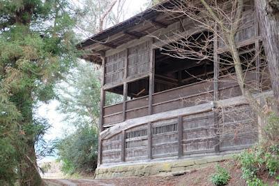 長野県生坂村下生野の五社宮 舞台