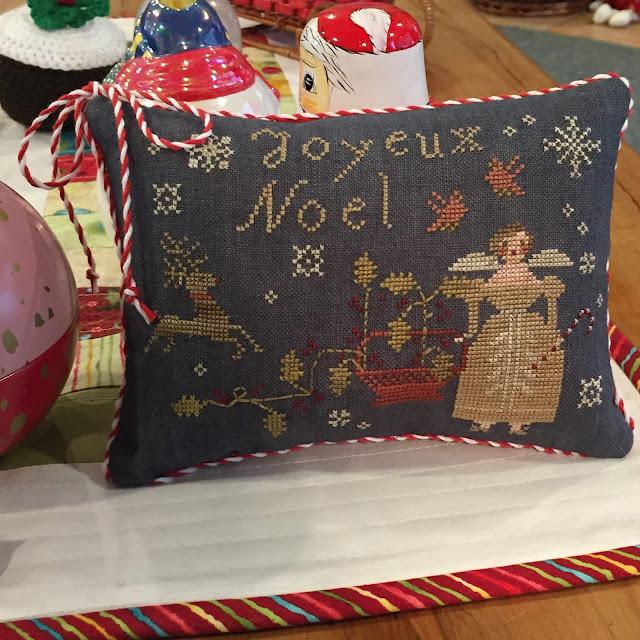 Joyeux Noel Twilight.A Kiwi Stitching Joyeux Noel