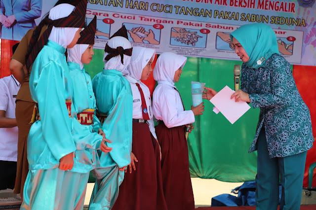 TP-PKK Lambar Gelar Peringatan Hari Cuci Tangan Sedunia di SDN 1 Sukarame