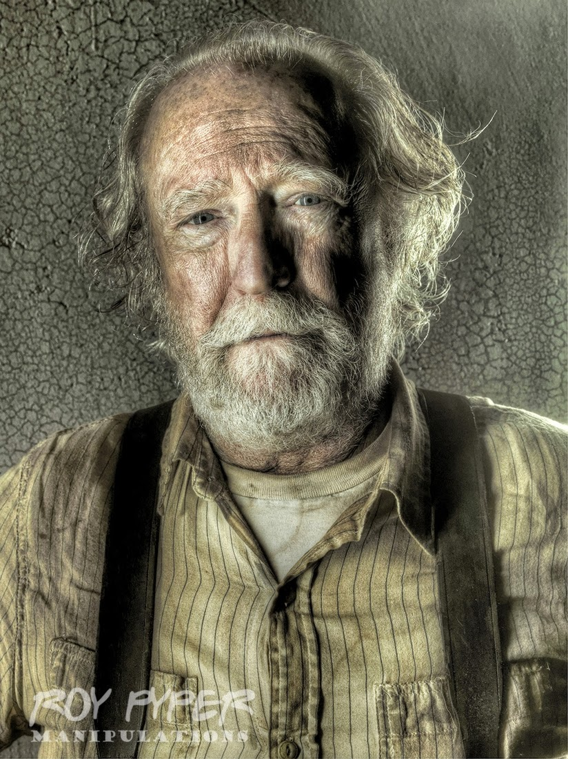07-Hershel-Greene-Roy-Pyper-nerdboy69-The-Walking-Dead-Series-05-Photographs-www-designstack-co