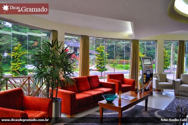 Sofás do lobby do Hotel Lagetto Vivace Premio