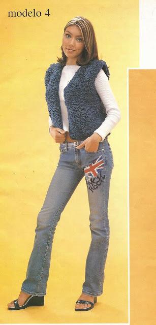 Chaleco azul con bucles a Crochet