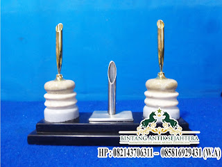 Pen Holder Tempat Pena