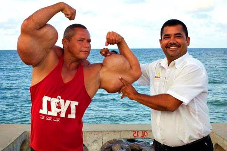 Brezilya'nın Olinda vilayetinde yaşayan Arlindo De Souza, uzun bir süredir vücut geliştirme sporuyla ilgileniyor.