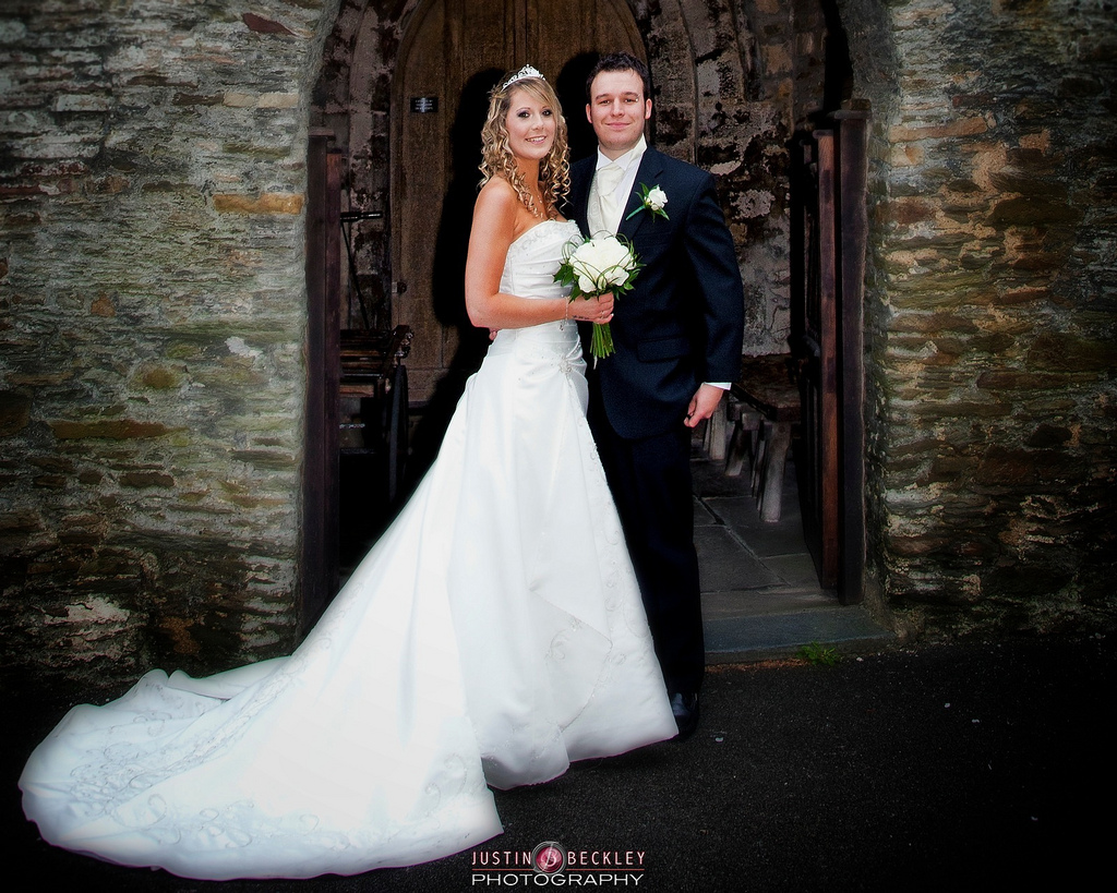 Tips to Pose the Bride and Groom  Technology Share