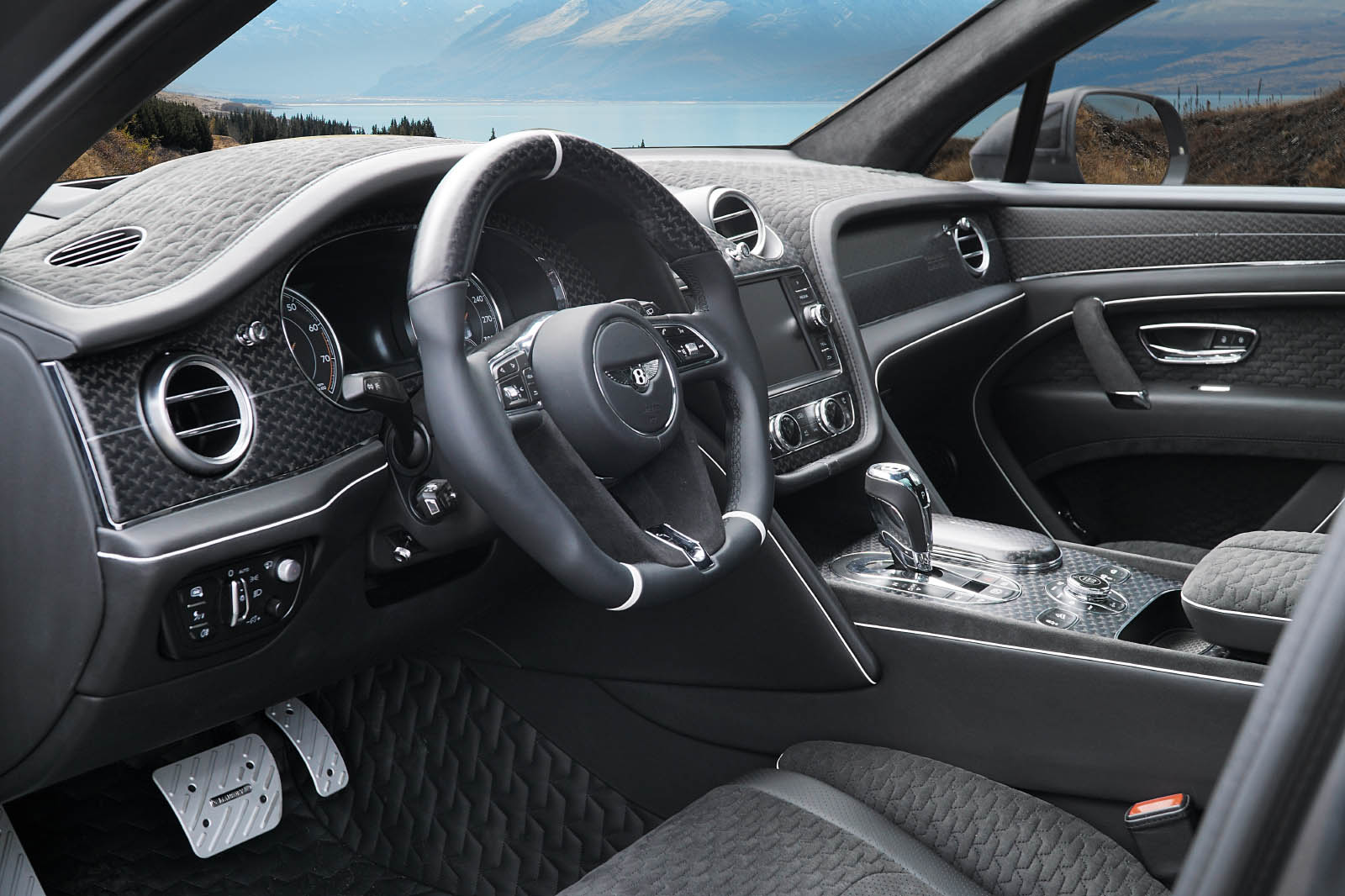 Mansory Joins The Bentley Bentayga Customization Party In
