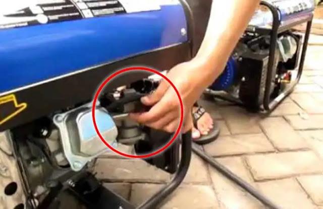 Setiap mesin pasti wajib dioperasikan dengan prosedur yang ada. Tentunya prosedur yang benar ini bertujuan agar mesin dapat berjalan dengan baik dan aman. Hal tersebut, juga berlaku pada mesin genset yang digunakan ketika listrik mengalami pemadaman mendadak. Genset memang dapat berguna ketika listrik ini padam karena genset akan menjadi sumber listrik cadangan Anda.