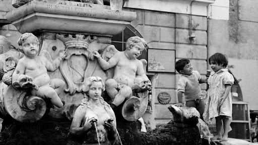 LA SILLA DE K. Los ángeles zarrapastrosos. Un relato de Giovanni dell'Acqua
