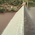 Barragem que abastece os municípios de Brumado e Malhada de Pedras transborda neste domingo (25)