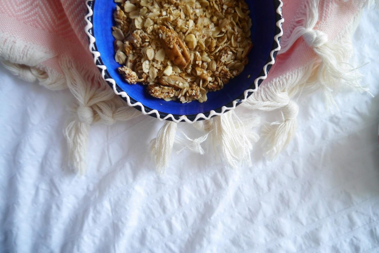 Eat Clean Granola, homemade granola recipe, breakfast ideas, clean eating granola