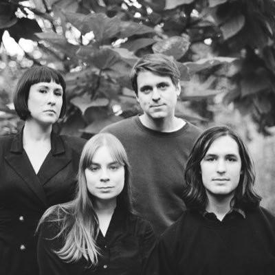 """Le quatuor de Toronto, Casper Skulls, fait son retour en cette rentrée avec un nouveau titre """"Thesis"""""""