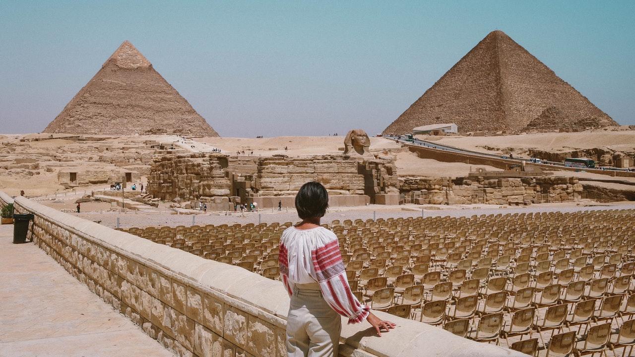 piramides de arquitectura egipcia monumental y religiosa