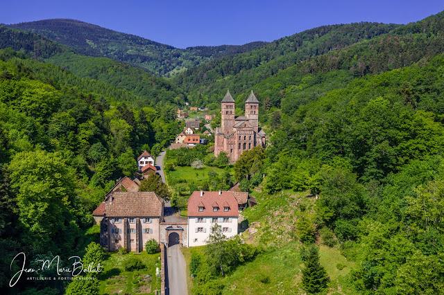 abbaye de Murbach dans son écrin, le florival