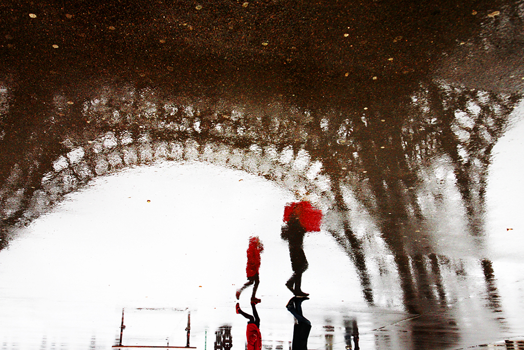 Nag On The Lake Christophe Jacrot S Photos Of Paris In