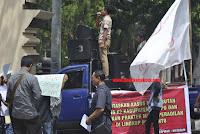 AMPAK Gelar Aksi Demo di Mapolda NTB, Pertanyakan Lambatnya Penanganan Kasus CPNS K-II Dompu