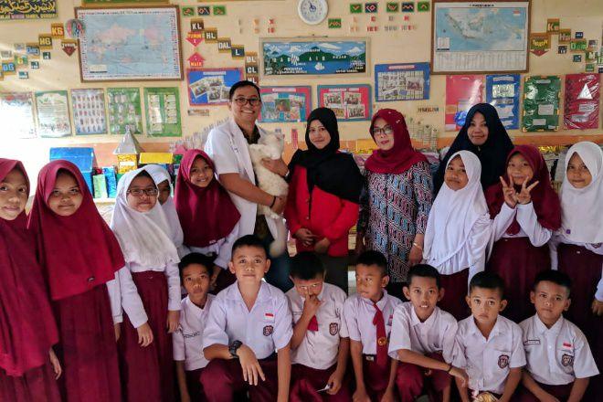 Mahasiswa KKN UNHAS dan UNAND  Sosialisasikan Bahaya Penyakit Rabies pada Anak-Anak