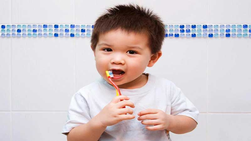 Begini Mengajarkan 5 Cara Mencegah Gigi Berlubang Pada Anak Sejak Dini