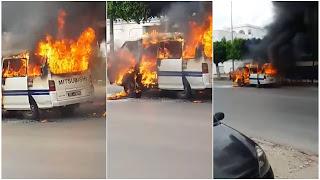 بالفيديو  سوسة : احتراق كامل لسيارة اجرة بمفترق بانوراما