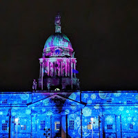 images of Dublin at night: Customs House