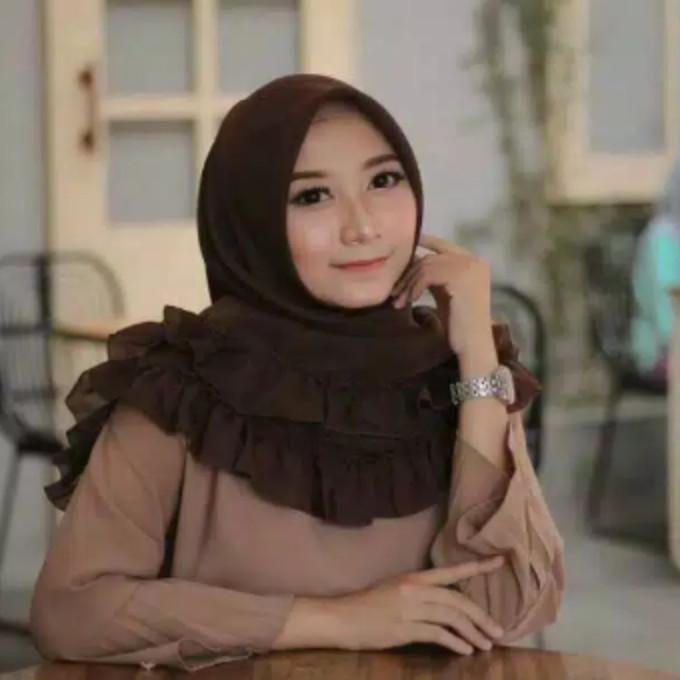Jilbab Segi Empat Bella Square Rempel Terbaru Makin Cantik