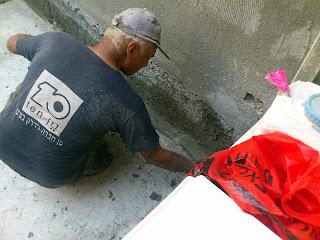 ביצוע רולקות במרפסות וחדרים רטובים