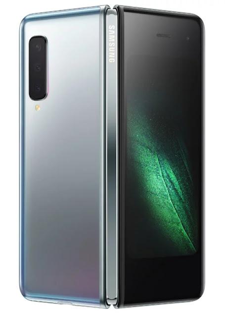 Samsung Galaxy Fold ha il primo vero schermo pieghevole e 6 telecamere