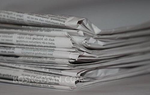 teks editorial koran
