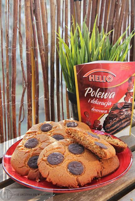 Orzechowe ciasteczka z czkoladą