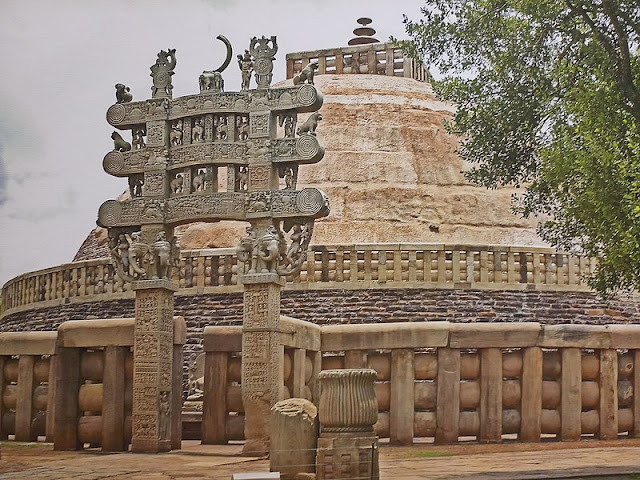 14 Insanely Photogenic Historical Places in North India, sanchi stupa