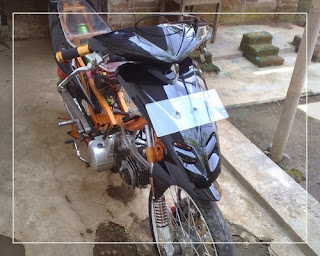 modifikasi motor beat fi hitam