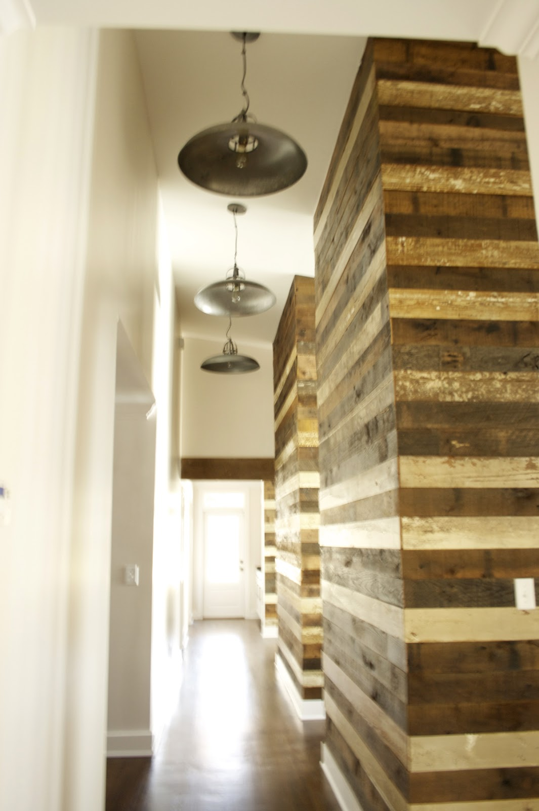 Reclaimed Wood Wall Accent  Evolutia