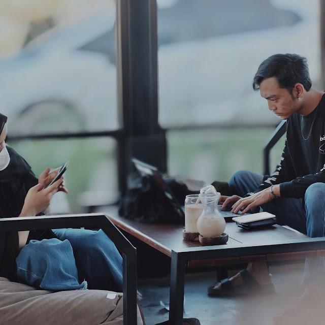 Afeksi Cafe Mulyoagung Dau