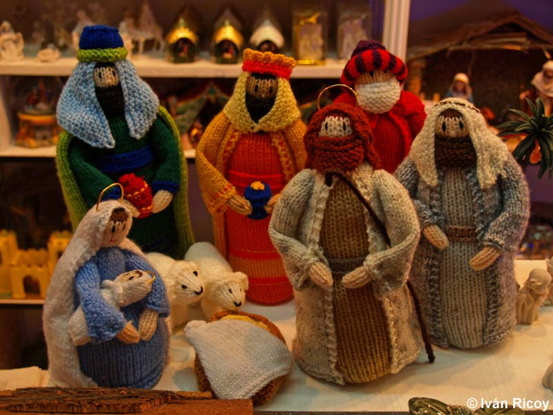 How To Recycle Handcrafted Christmas Nativity Scenes