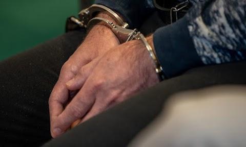 Korrupciós bűncselekmények miatt emeltek vádat tizenkét volt pénzügyőr ellen