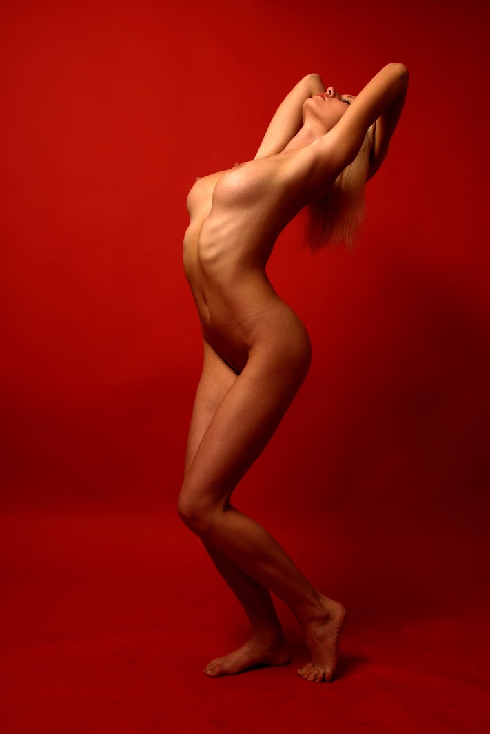 Met-Art 20050708 - Maria D - Transpire - by Kurapov