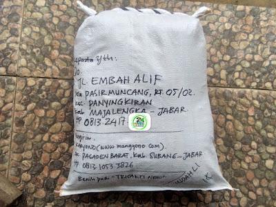 Benih padi yang dibeli    Oo Majalengka, Jabar.     (Sesudah di Packing).