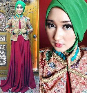 Baju Kebaya Muslimah Modern Dian Pelangi