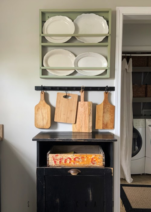 Wall Décor in a kitchen update.