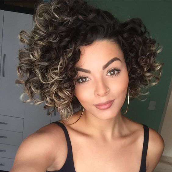 "Tendência de corte de cabelo feminino 2017: ""Short Bob"""