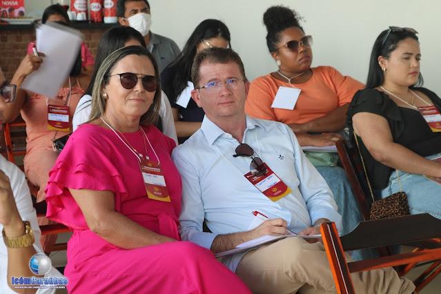 Nossa Ótica em Caraúbas promove capacitação para funcionários das 9 filiais