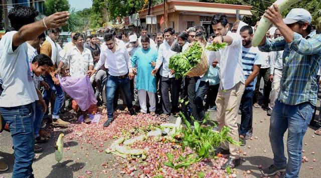 farmers protests, farmers agitation, farm loan waiver, maharashtra, madhya pradesh, farmers agitation, farmers strike, MSP, agriculture, indian express
