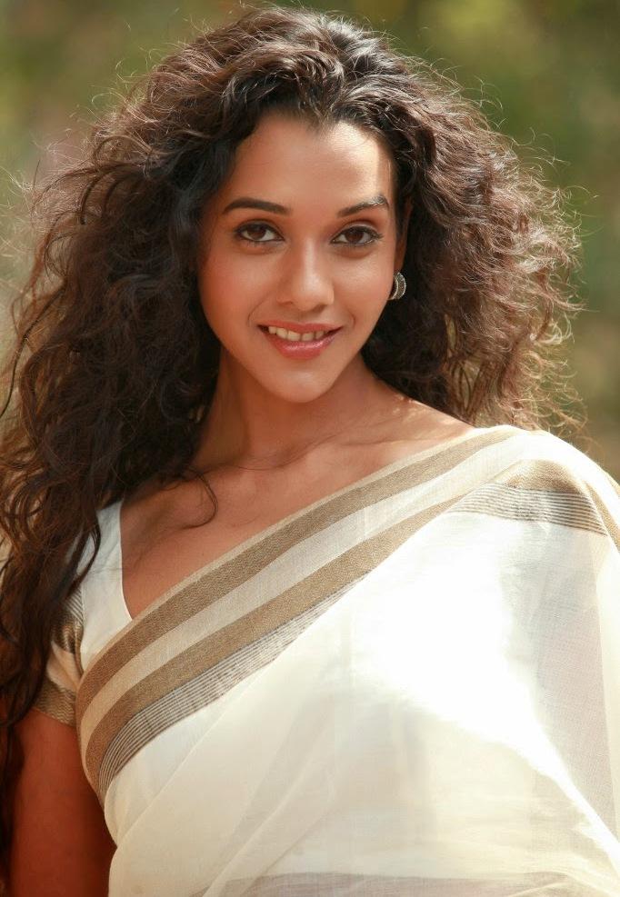 Actress Anu Priya Long Hair Stills In White Saree