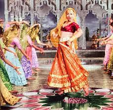 dance-in-mughel-E-azam