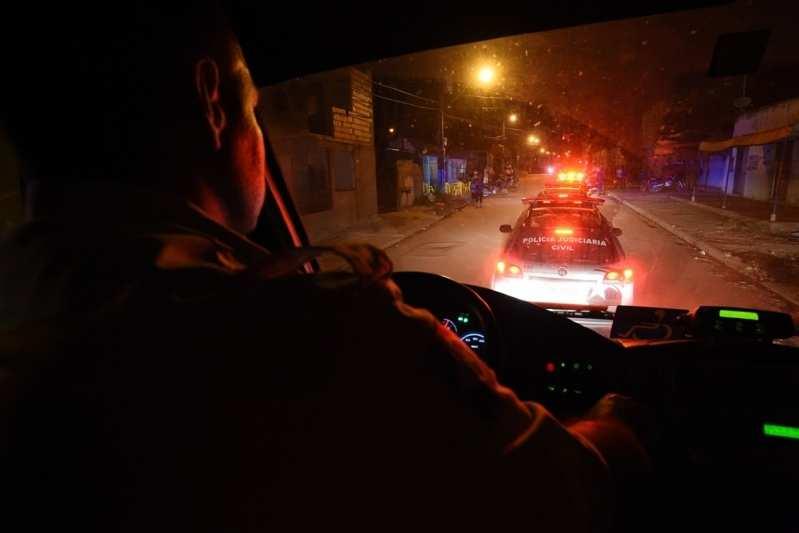 Bandidos invadem frutaria e roubam dinheiro, celular e notebook em Várzea Grande