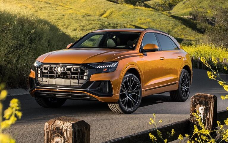 2019 Audi Q8 Quattro S Line front three quarter