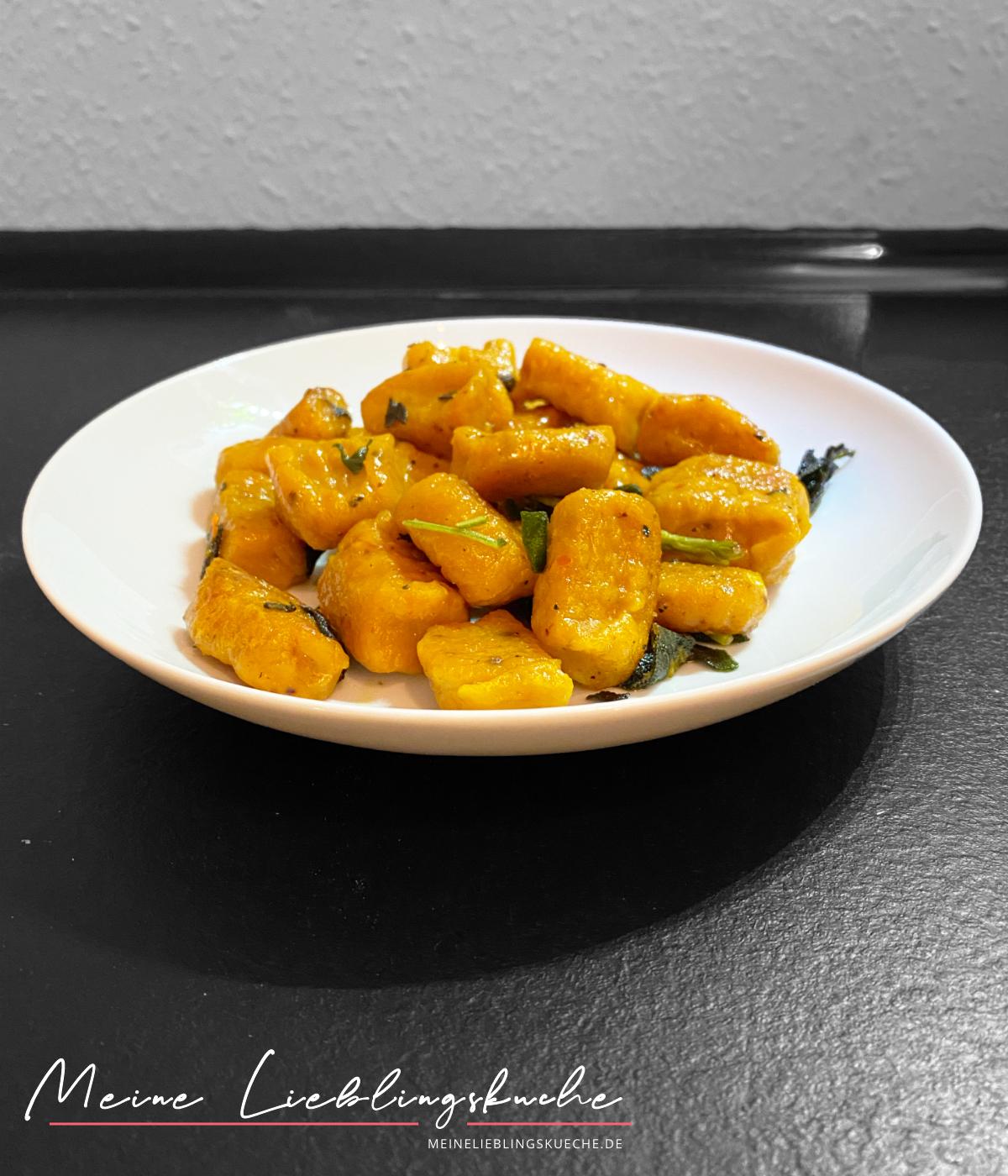 Kürbis-Gnocchi in Salbei-Butter