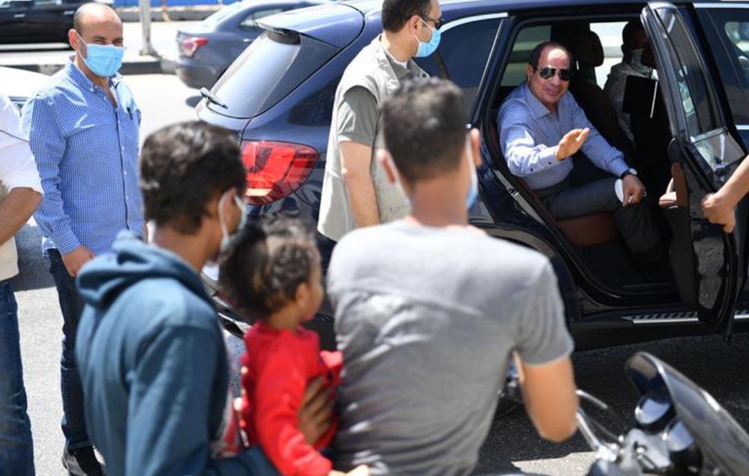 الرئيس السيسي يتفقد الأعمال الإنشائية لتطوير عدد من الطرق والمحاور بشرق القاهرة