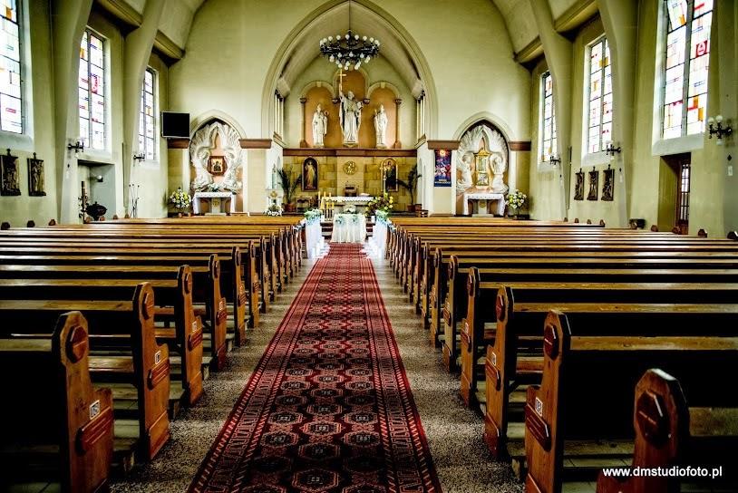 wystrój-kościoła-na-ślub