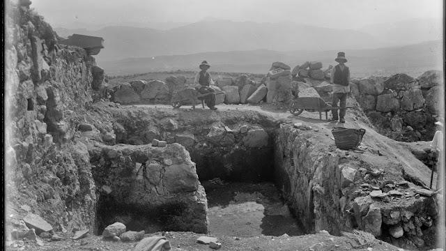 Οι ανασκαφές των Μυκηνών μέσα από την ψηφιακή βιβλιοθήκη του Κέμπριτζ